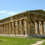 Tempio di Nettuno a Paestum - luoghi da visitare nel Cilento